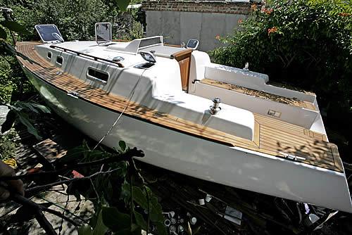 постройка корпуса яхты