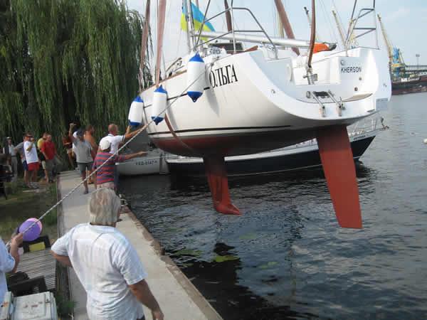 спуск яхты