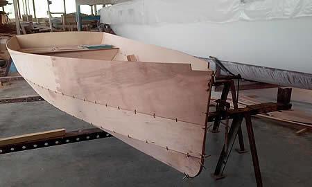 корпус большой лодки
